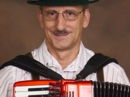 larry robert  accordian player